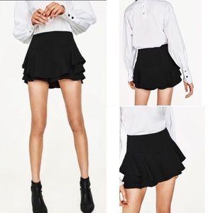 Zara ruffle black mini skort